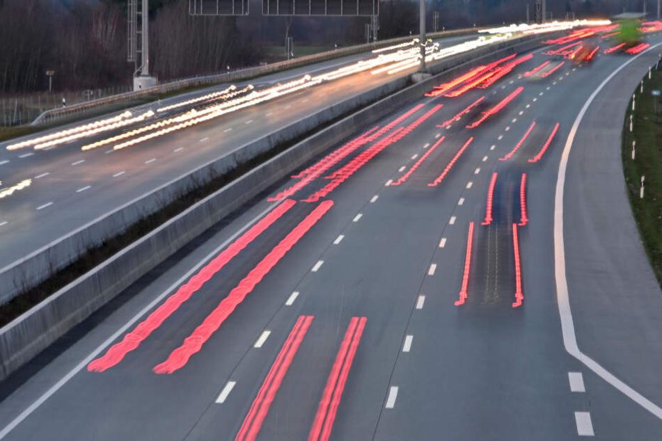 Für 1,6 Milliarden Euro: A7-Verkehr rollt wieder auf sechs Spuren