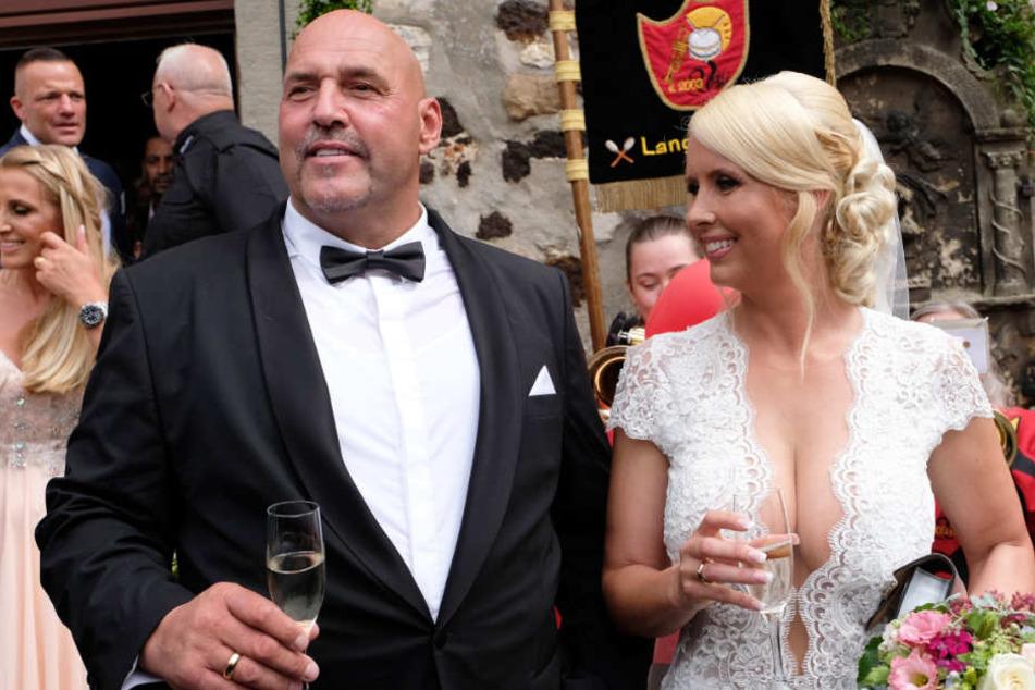 Im Sommer 2017 heiratete Hanebuth seine Partnerin.