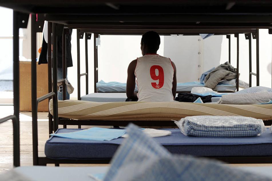 Rund 400 Flüchtlinge leben derzeit in der Flüchtlingsunterkunft in Oerlinghausen. (Symbolbild)