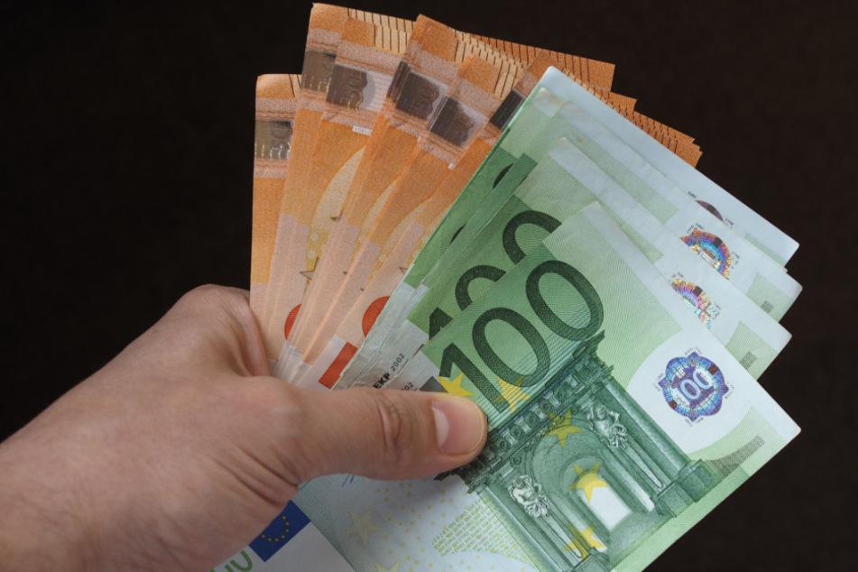 Bis zu 600 Euro wurden als Corona-Bonus gezahlt (Symbolbild).