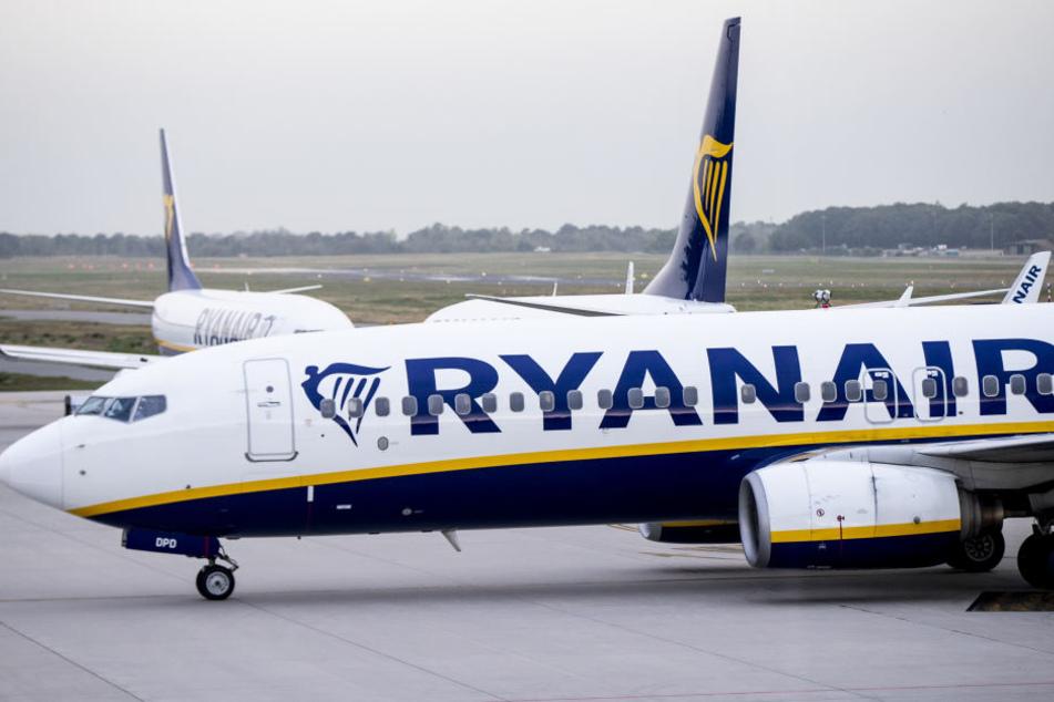 Die Ryanair-Maschine flog ohne die Passagiere einfach nach London zurück. (Symbolbild)