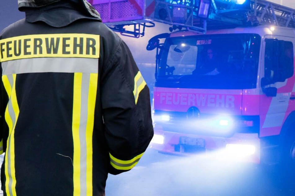Der Brand in Hofgeismar bei Kassel brach am Samstag gegen 20.45 Uhr aus (Symbolbild).