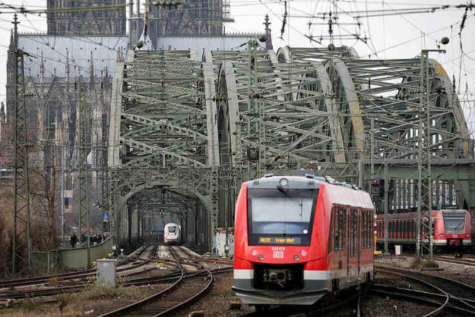Der Kölner Bahn-Knoten gilt als einer der größten Engpässe im deutschen Eisenbahn-Netz.