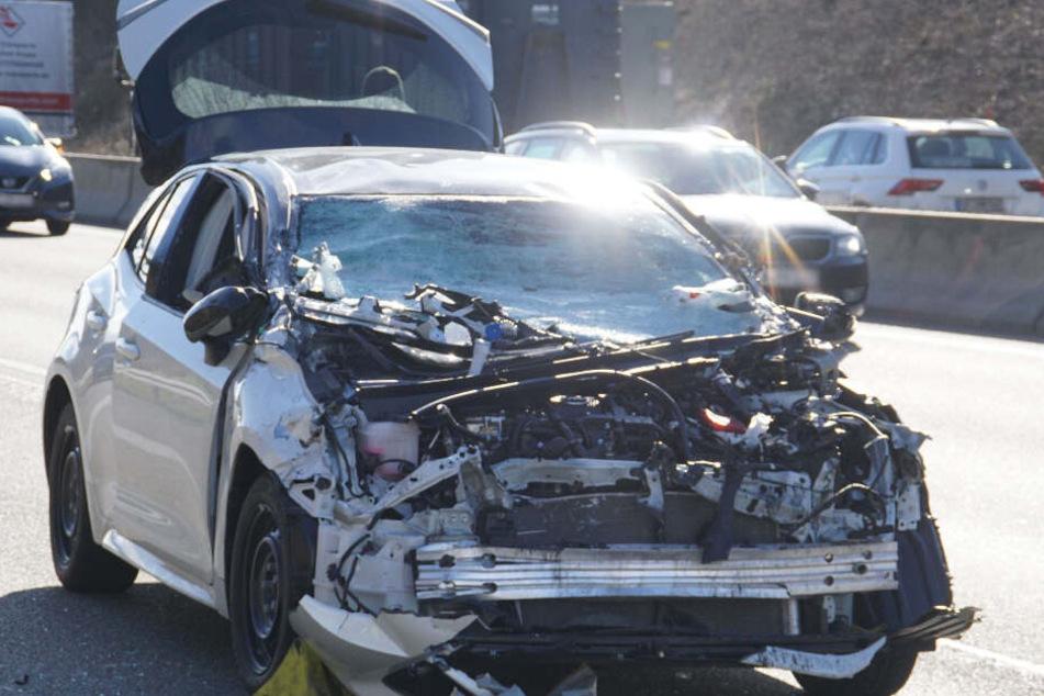 Ein Blick auf den Wagen der am Unfall beteiligt war.