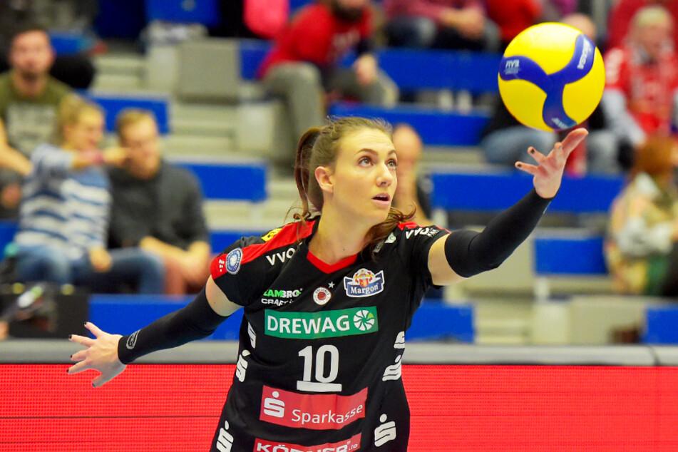 Lena Stigrot schlägt auch kommende Saison für den DSC auf.