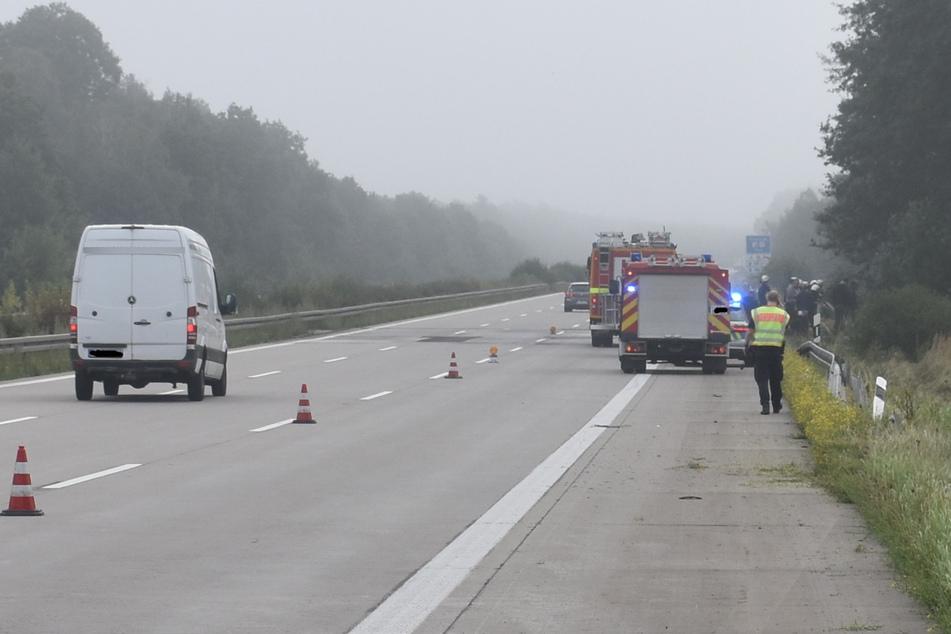 Auf der A2 musste am Sonntagmorgen zeitweise eine Spur gesperrt werden.