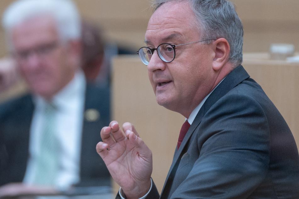SPD will Lehren aus Wahl-Debakel ziehen