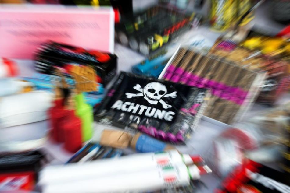 Das Verwenden von Illegalem Feuerwerk ist eine Straftat. (Symbolbild)