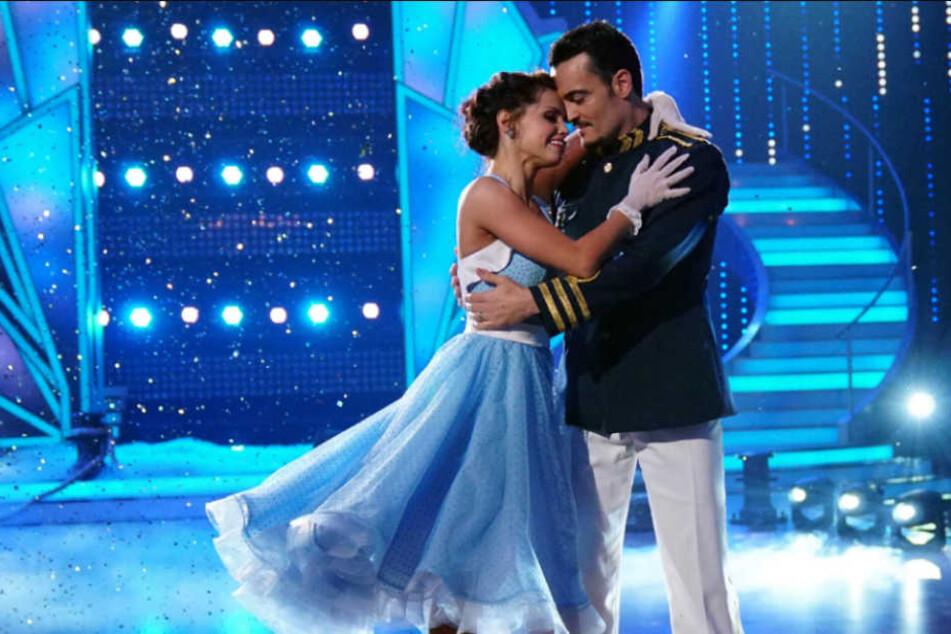 Sie waren so ein schönes Tanzpaar! Leider verletzte sich Christina Luft beim Training so schwer, dass sie am Freitagabend nicht mit Giovanni Zarella (39) tanzen kann.