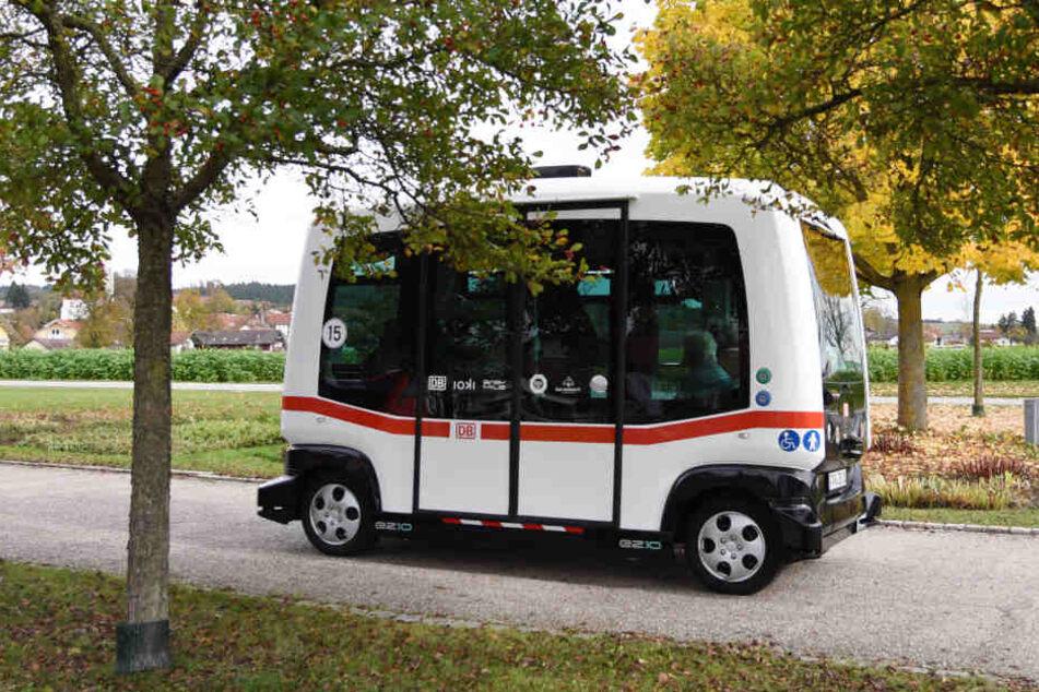 Erster autonomer Elektrobus Deutschlands: 20.000 Fahrgäste in einem Jahr