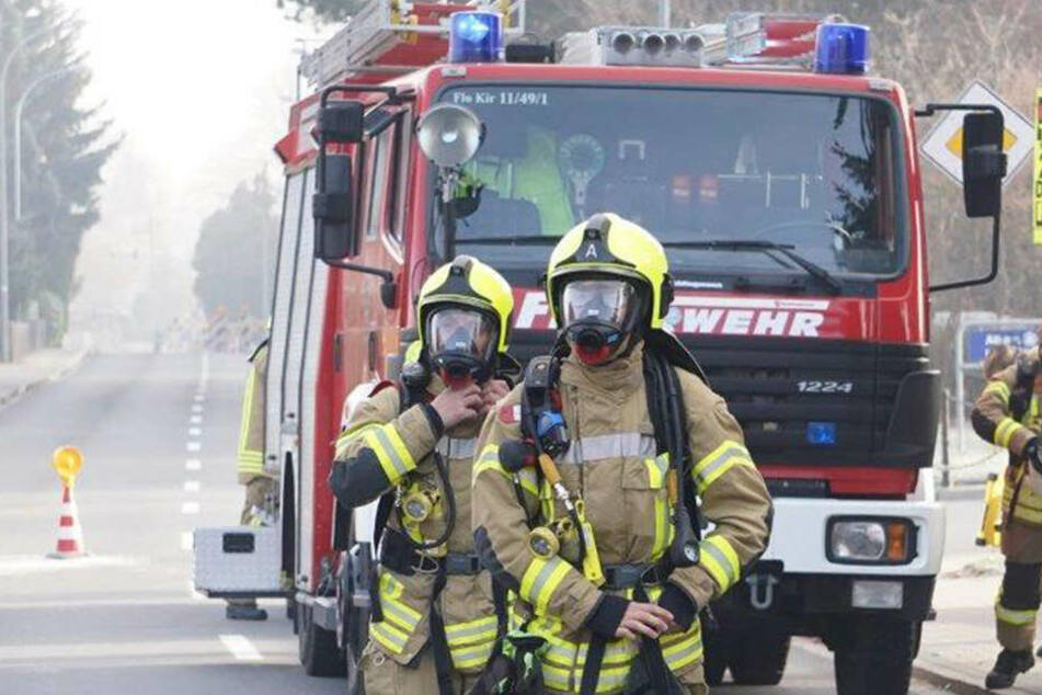 Die Feuerwehr musste zu mehreren Waldbränden ausrücken. (Symbolbild)
