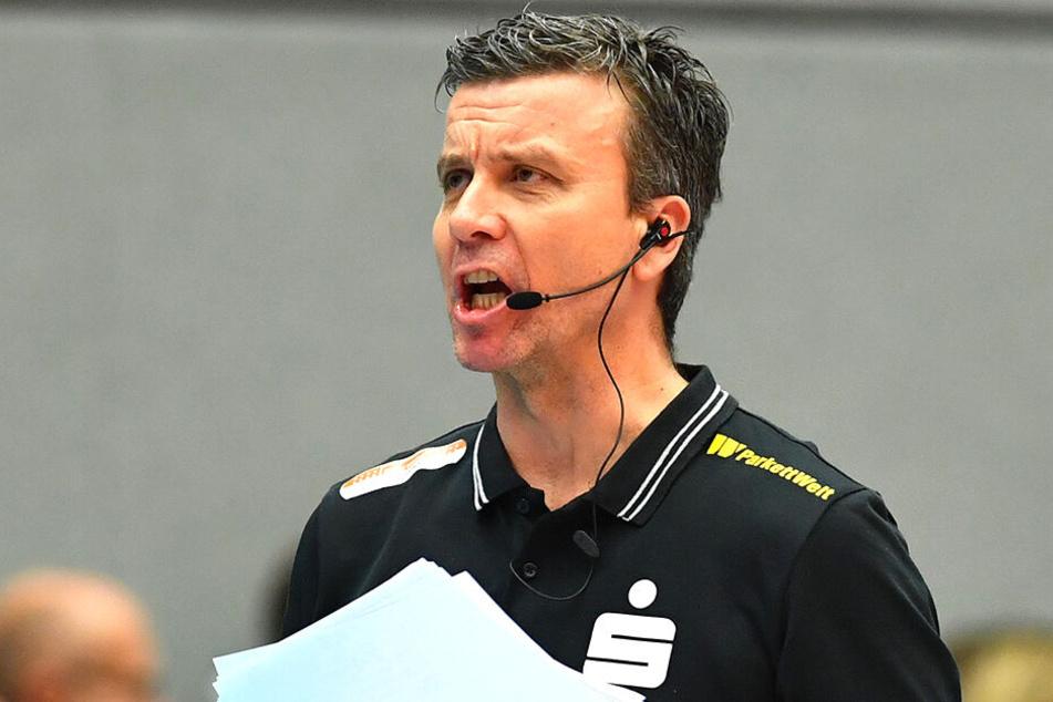 Coach Alex Waibl.