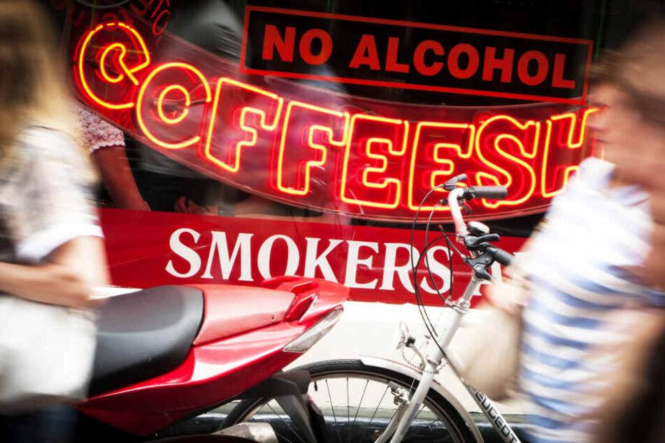 """Amsterdam will """"Coffeeshops"""" für Touristen dichtmachen!"""