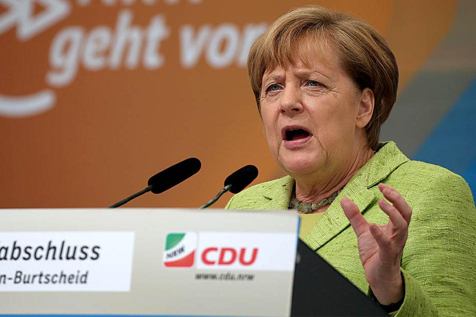 Bundeskanzlerin Angela Merkel steht am Samstag CDU- Spitzenkandidat Armin Laschet zur Seite.
