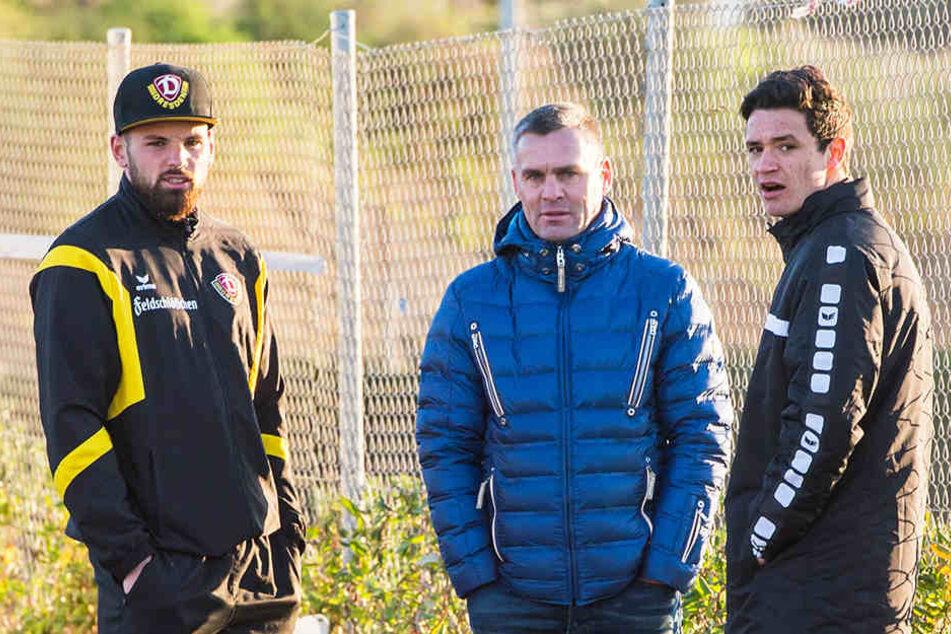 Haben sie sich verpokert? Innenverteidiger Giuliano Modica (li.) mit Berater Silvio Meißner (Mitte) und Niklas Landgraf.