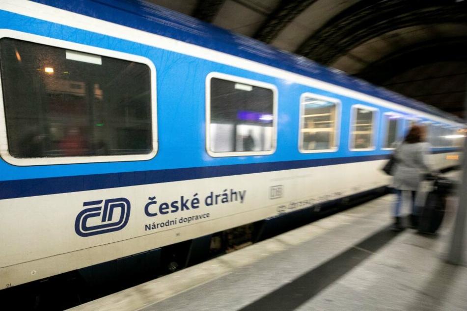 Ein Eurocity musste eine Notbremsung machen. (Archivbild)