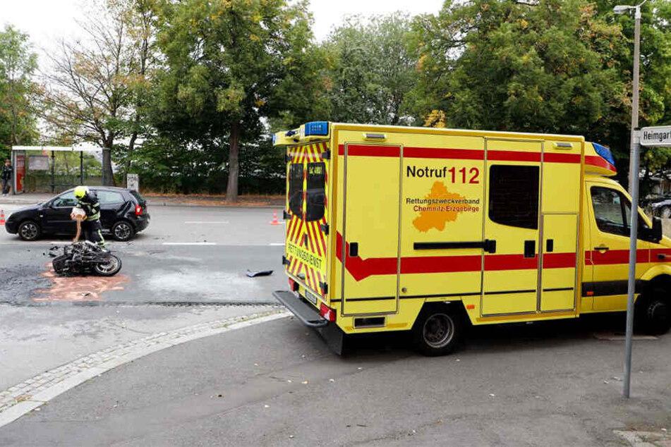 Ordentlich gekracht hat es am Samstagnachmittag an der Kreuzung Carl-von-Ossietzky-Straße / Heimgarten.