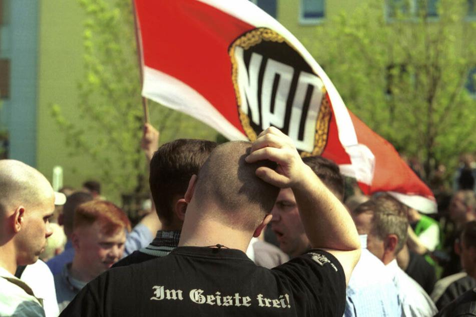 Chemnitzer Stadtrat fordert Nazi-Notstand!