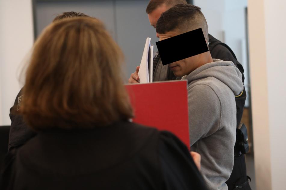 Messer-Attacke in Dresden: Mutmaßlicher Islamist nicht am Tatort observiert