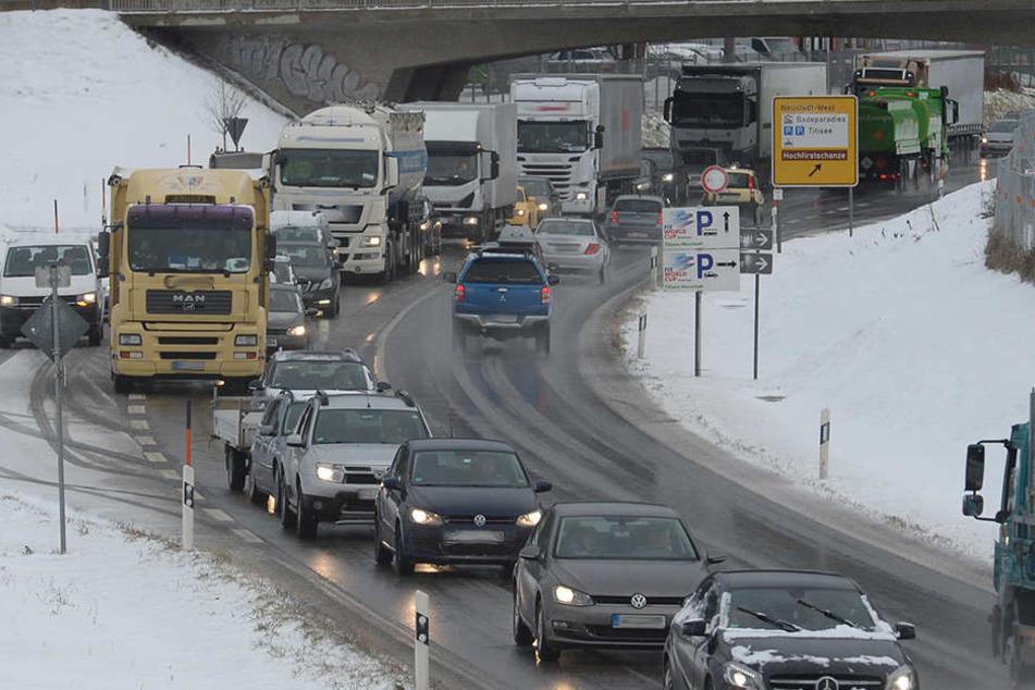 FrankfurtWintereinbruch macht Probleme: 170 Flüge annulliert