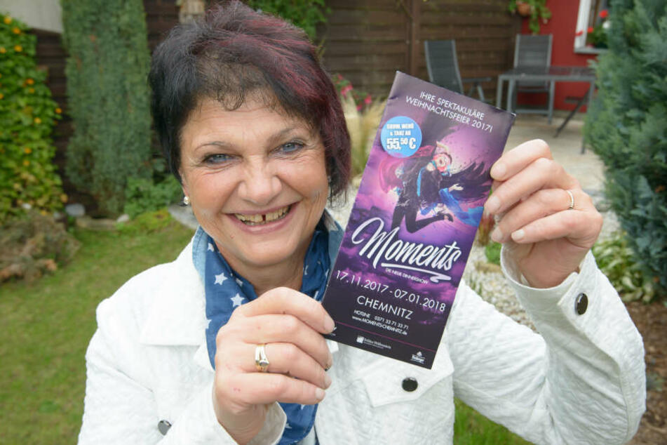 Ticket-Gewinnerin Carmen Rösner freut sich schon auf die Show.