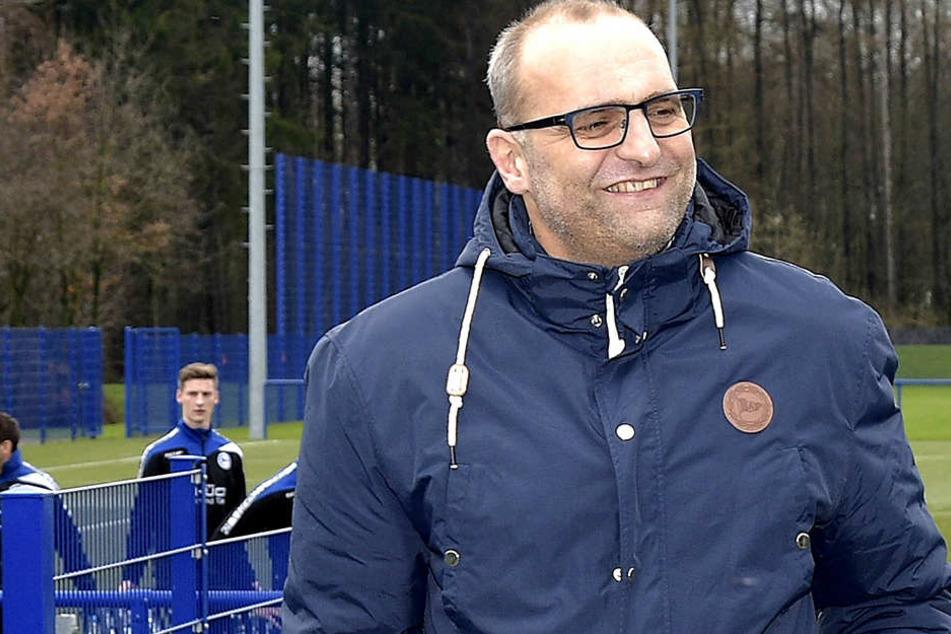 Gerrit Meinke hat derzeit gut lachen: Die Lizenz für die 2. Bundesliga hat der DSC unter Auflagen erhalten.