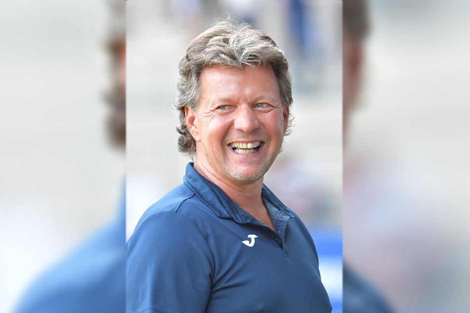 Arminias Cheftrainer Jeff Saibene tippt auf Ingolstadt und Darmstadt als mögliche Aufsteiger.
