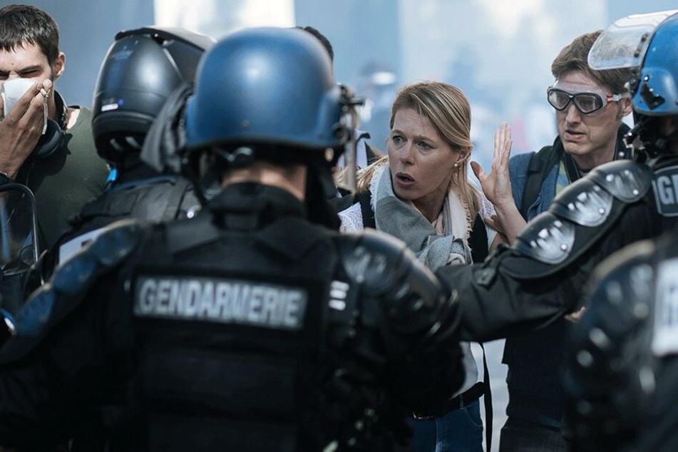 90 Menschen festgenommen, Tränengas eingesetzt: Polizei geht hart gegen Gelbwesten vor