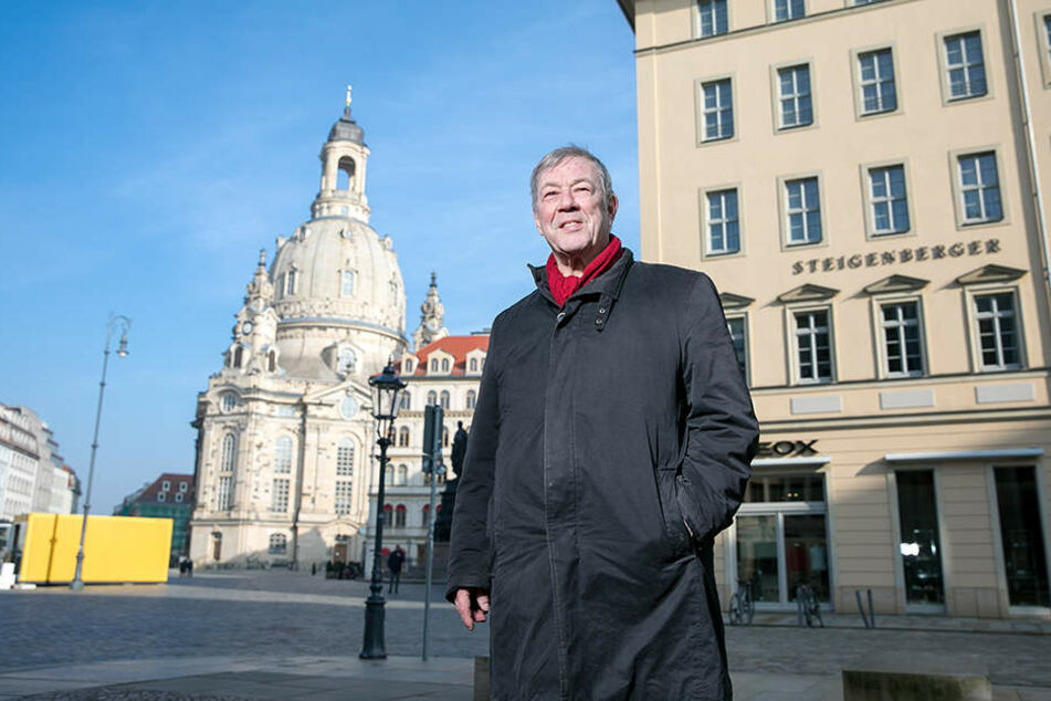 Dr. Hans-Joachim Jäger (71), Chef der Fördergesellschaft Frauenkirche Dresden, erinnert sich noch ganz genau, wie der Wiederaufbau begann.