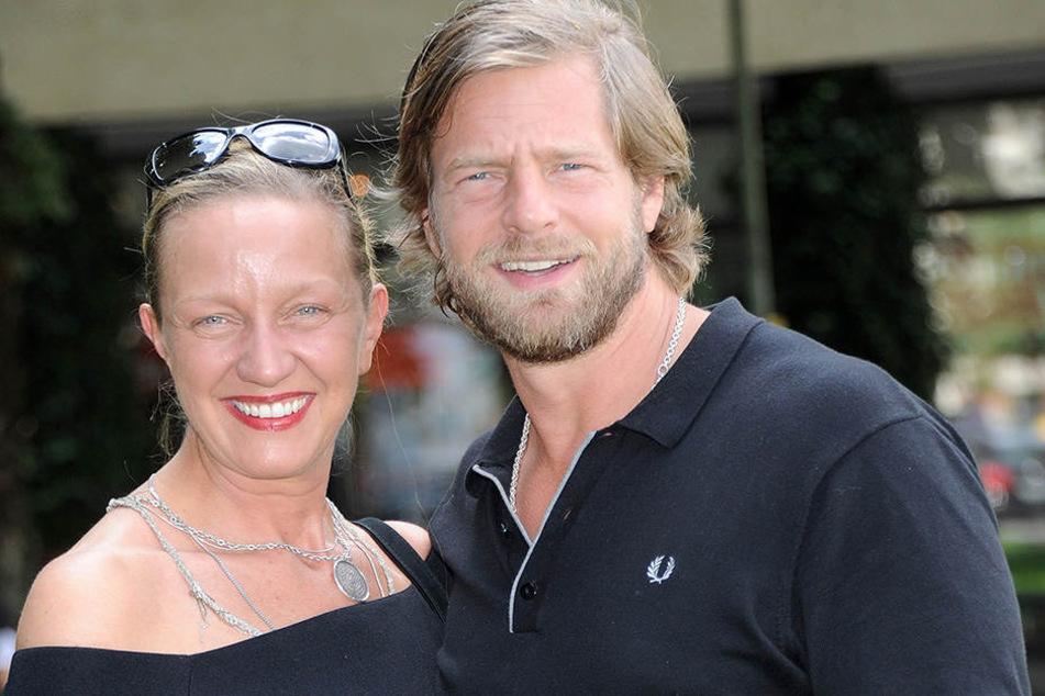 Auch bei einer Filmpremiere im Juni 2015 zeigten sich Henning Baum und seine Corinna verliebt.