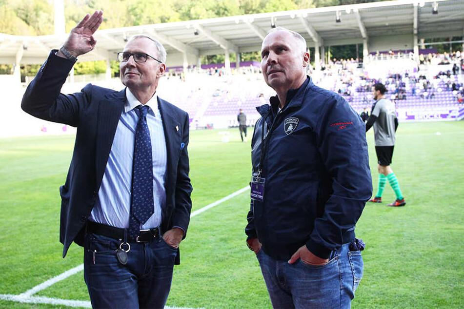 Uwe (l.) und Helge Leonhardt lenken seit Jahren die Geschicke des FC Erzgebirge - mit Erfolg.