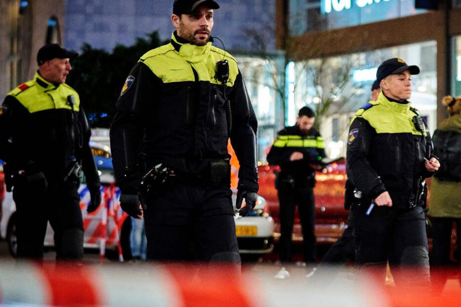 Eine Messerattacke in Den Haag hat am Freitagabend für Unruhe gesorgt.