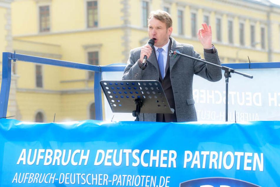 """André Poggenburg war nach Austritt aus der AfD und der Gründung der Partei """"Aufbruch deutscher Patrioten Mitteldeutschland"""" auch aus dieser ausgetreten."""
