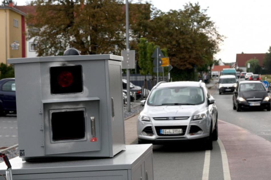 Achtung Autofahrer! Hier geht ein neuer mobiler Blitzer auf Raser-Jagd
