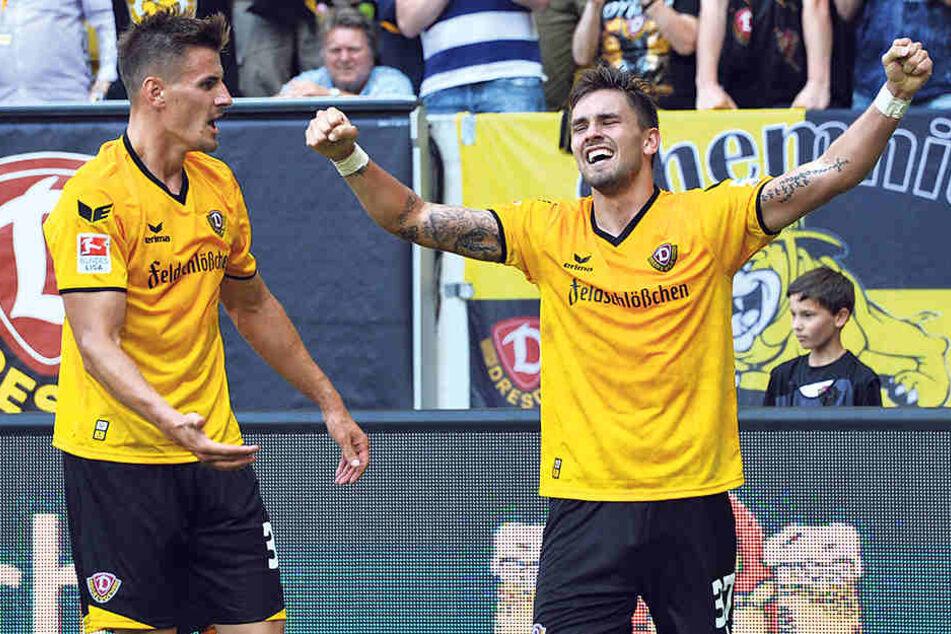 """Hier jubeln Stefan Kutschke und """"Paco Testroet"""" gemeinsam. Gegen St. Pauli darf nur einer von Beginn an stürmen."""