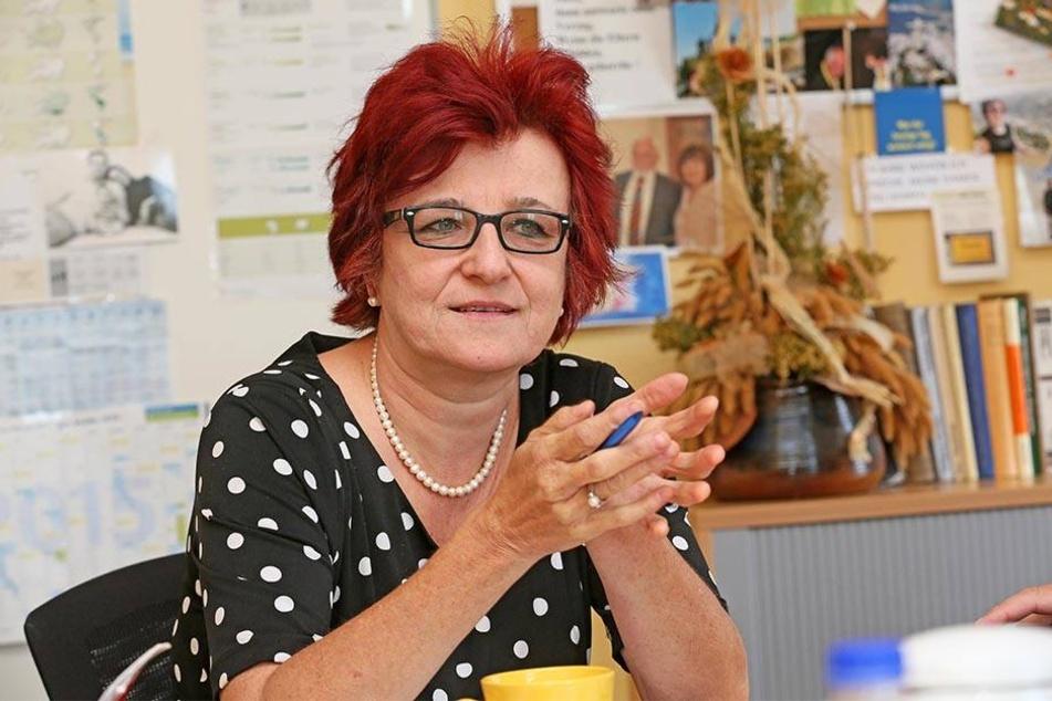 Für die Amtsärztin des Landkreises Zwickau, Carina Pilling (56), führt kein Weg an einer Impfung vorbei, um sich vor der durch Zecken übertragenen Krankheit FSME schützen zu können.