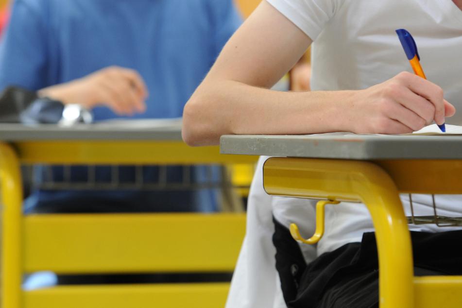 Baden-Württemberg prüft derzeit die Verschiebung der Abiturprüfungen.