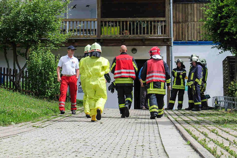 Etwa 31 Einsatzkräfte waren im Freibad vor Ort.