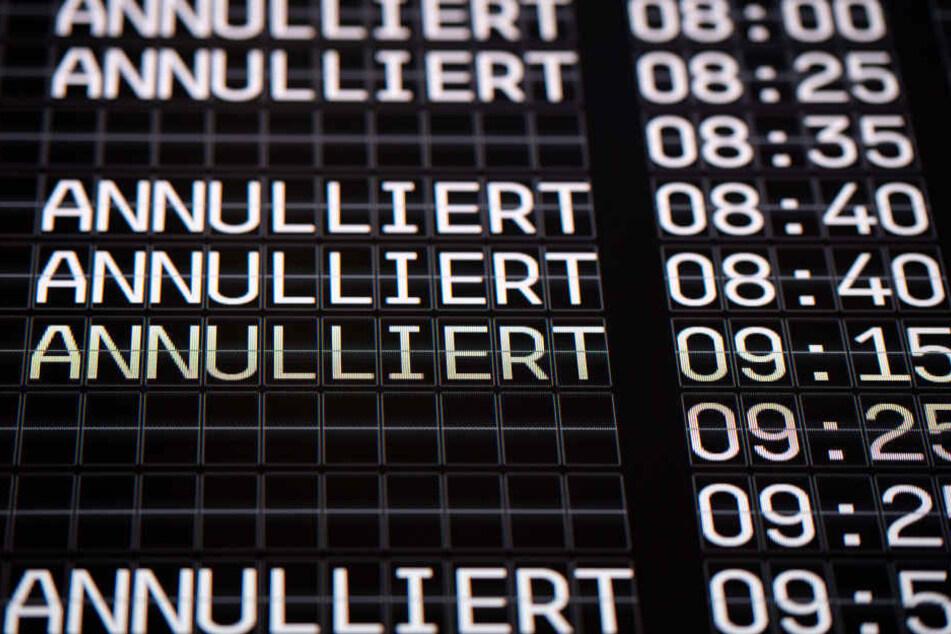 Aufgrund von Warnstreiks sind bis ca. 11 Uhr keine Stars und Landungen am Flughafen Köln/Bonn möglich.