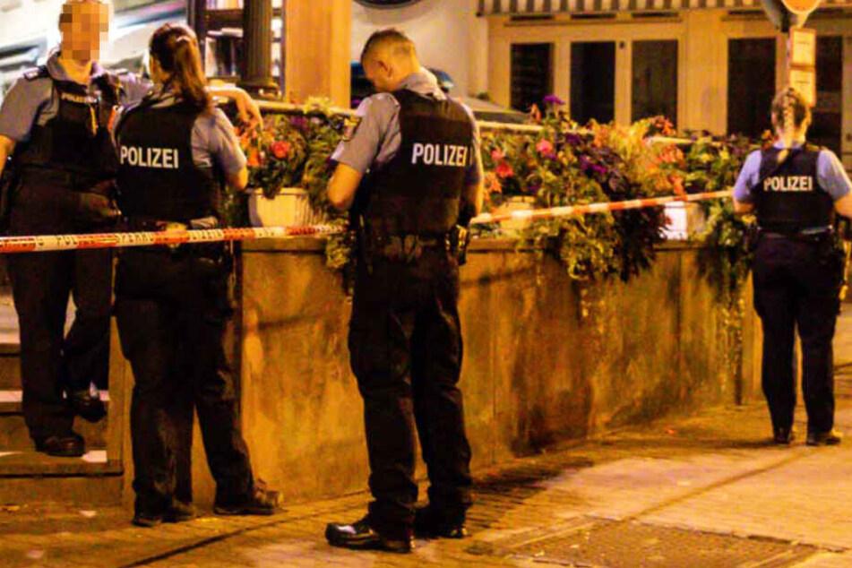 Die Polizei räumte zwei Gebäude und eine Gaststätte in Bad Soden.