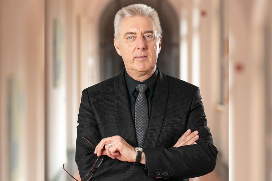 """Braucht mehr """"Leichen-Profis"""": Kriminaldirektor Volker Lange (59), Leiter der K11 """"Leben und Gesundheit""""."""