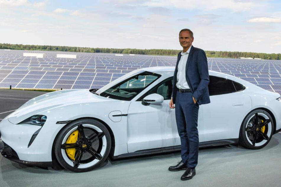 Porsche-Vorstandschef Oliver Blume am Mittwoch bei der Taycan-Premiere.