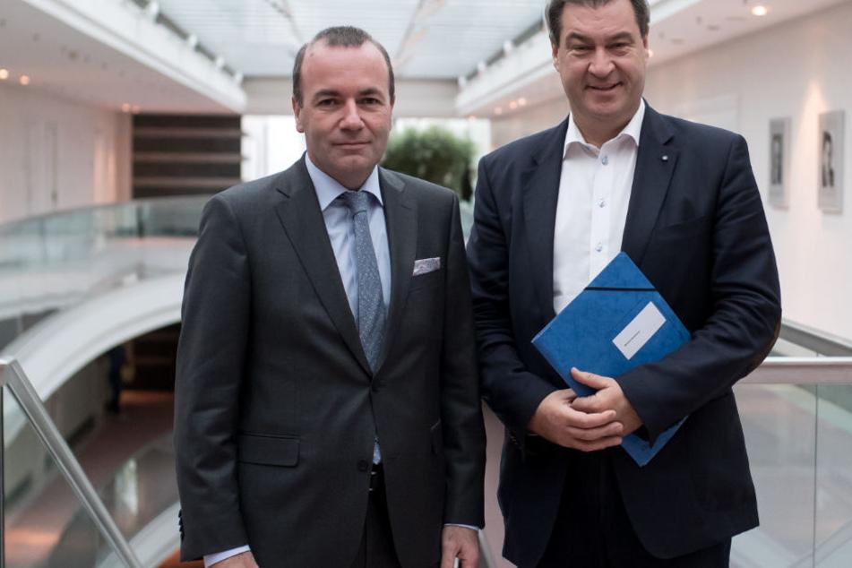 Manfred Weber (l.) und Markus Söder (r.) sehen eine mögliche Gefährdung Europas.