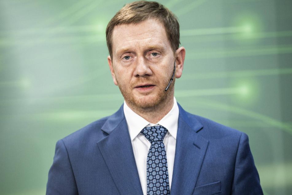 Sachsens Ministerpräsident Michael Kretschmer (45, CDU) will diesmal auch den Landtag an den neuen Regeln beteiligen.
