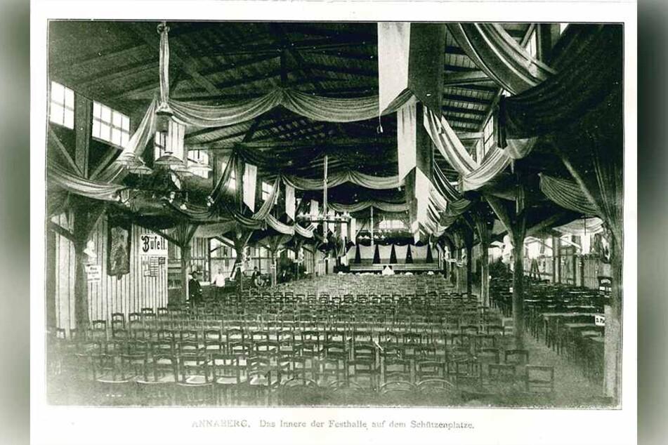 Die Festhalle auf dem Schießhausplatz (heute Kät-Platz) wurde 1906 erbaut.