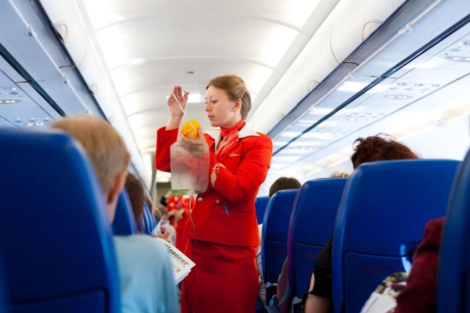 Die russische Fluglinie Aeroflot hat ausgesprochen hübsche Stewardessen.