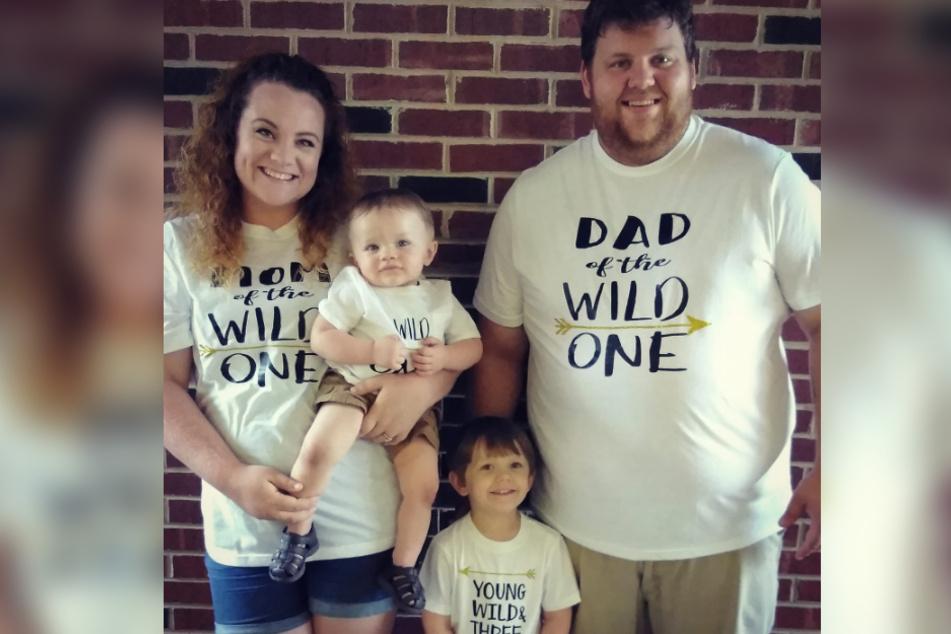 Familie Overman auf einem Facebook-Bild.