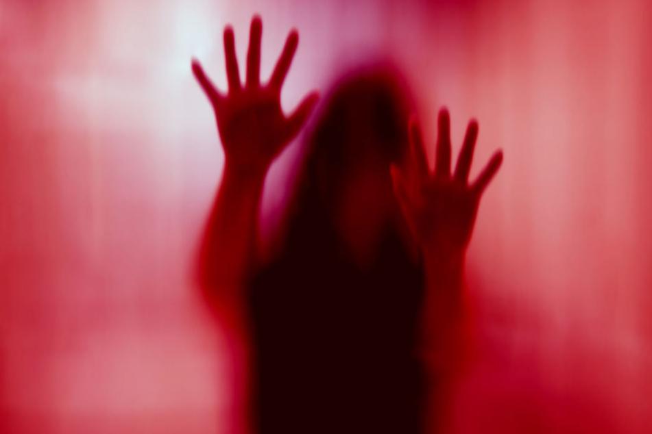 Oberstudienrat hatte Sex mit zwei 15-jährigen Schülerinnen