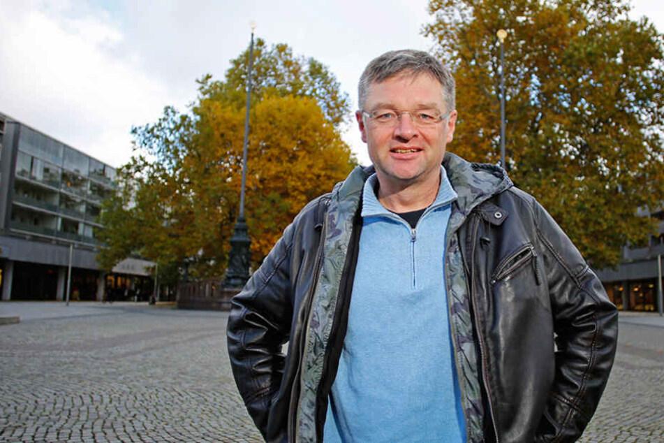 FDP-Chef Holger Zastrow (48) will den Fernsehturm mit Steuermehreinnahmen  retten.