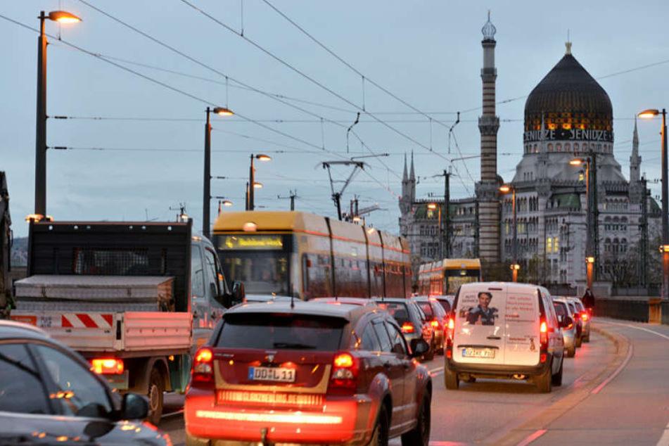Bis zu 36.000 Autos fahren täglich über die Marienbrücke.